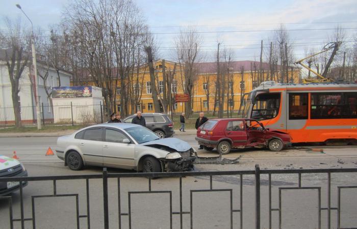 В Смоленске произошло ДТП с